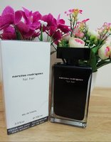 Used Narciso Rodriguez perfume for her in Dubai, UAE