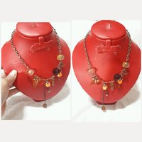 Used Amazing new CRYSTAL NECKLACE for lady. in Dubai, UAE