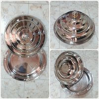 Used Brand new Traditional Big plate with cov in Dubai, UAE