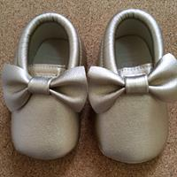 Used Moccasins 12-18mths Gold.  in Dubai, UAE