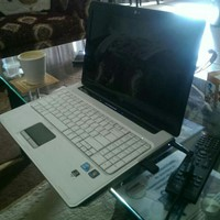 Used Hp Pavilion White in Dubai, UAE