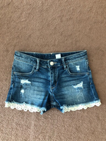 Used H&M shorts size 8-9 yers old in Dubai, UAE