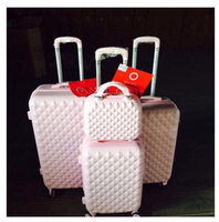 4pcs Trolly Bag pink colour