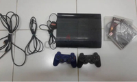 Used PS3 super slim 500GB 2 controller 3 cd in Dubai, UAE