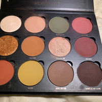 Used Give me glow plette and inglot highlight in Dubai, UAE
