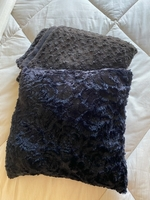 Queen size blanket and cushion cover
