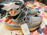 Used ADDIDAS YEEZY FOR LADY 36 size  in Dubai, UAE