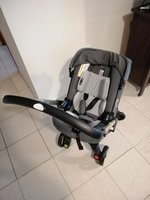 Used Doona car seat +baby stroller +isofix in Dubai, UAE