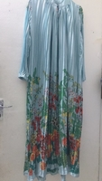 Used 💥Beautiful long dress💥33drm only hurry in Dubai, UAE