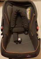 Used Newborn car seat in Dubai, UAE