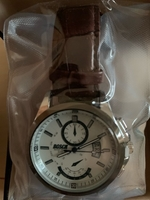 Used Men's watch with leather strap  in Dubai, UAE