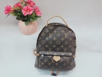 Used Back pack small size  in Dubai, UAE