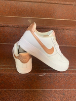 Used Nike sneakers size 43, new in Dubai, UAE