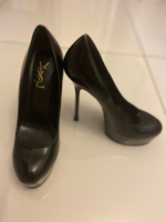 Used YSL Shoes. FINAL SALE!  in Dubai, UAE