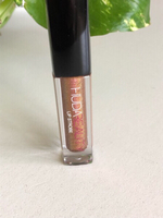Used Mini HUDA BEAUTY Lip strobe SHAMELESS  in Dubai, UAE
