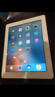 Used Wow Ipad2 16gb wifi apple + free item  in Dubai, UAE