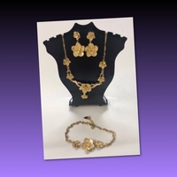 Used Flower Designs Fashion Jewelry  in Dubai, UAE