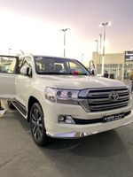 Used Toyota GXR V8 in Dubai, UAE