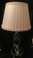 Used Elegant regal table lamp!! in Dubai, UAE