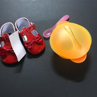 Used Girls shoes& dish in Dubai, UAE