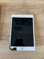 Used Mini iPad 4 64GB, IOS 13.5.1 in Dubai, UAE