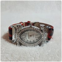 Red CARTIER watch for lady