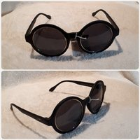 Cute round black sunglass