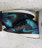 Used WMNS Air Jordan 1 Mid Original Brandnew in Dubai, UAE