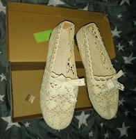 Slip on bow decor corchet flats size 38