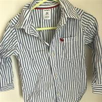 Used Preloved Carter's 24months Shirt, Perfect Condition in Dubai, UAE