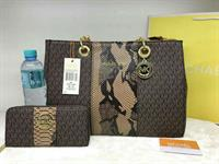 Michael Kors With Wallet. High Quality
