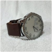 Brown Pio's watch for her