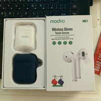 Used Airpods + pouch no button no light in Dubai, UAE