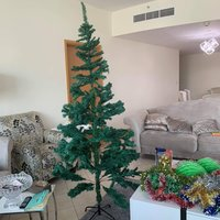 Used Christmas tree and decoration in Dubai, UAE