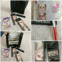 Cosmetics bag with cosmetics