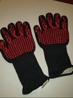 Used BBQ GLOVES FLAME PATTERN in Dubai, UAE