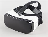 I Am Selling SAMSUNG VR New