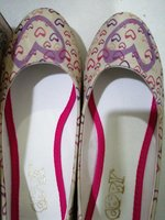 Used Girlie Shoes - Lovely Colored and Design in Dubai, UAE