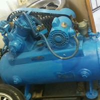 Used Air Compressor 200 Gallond in Dubai, UAE