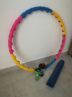 Used Hula hoop, yoga mat, 2 shakers in Dubai, UAE