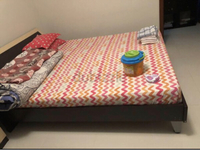 Used Selling cot with dressing table-king siz in Dubai, UAE