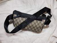 Used Gucci Beltbag/Sling bag in Dubai, UAE