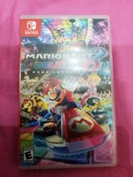 Used Nintendo switch game mario kart 8 deluxe in Dubai, UAE