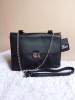 Used Black Chain Bag in Dubai, UAE