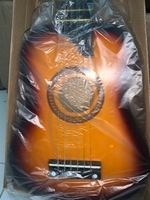 Used Mini guitar  in Dubai, UAE