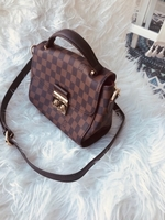 Used Brand new Lv satchel in Dubai, UAE