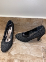 Used Black Heels in Dubai, UAE
