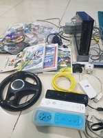 Used WII full set with 3remotes & game CD in Dubai, UAE
