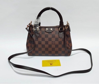 Used Handbags with sling in Dubai, UAE