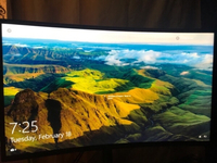 Used 32 inch Curved Samsung gaming monitor in Dubai, UAE